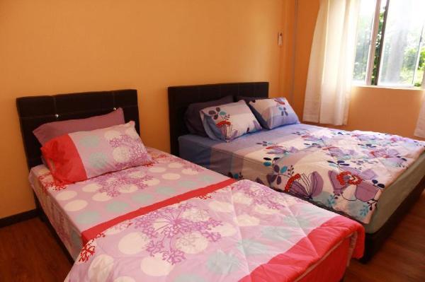 Comfortable Living Guesthouse @ Sri Permata Condo Shah Alam