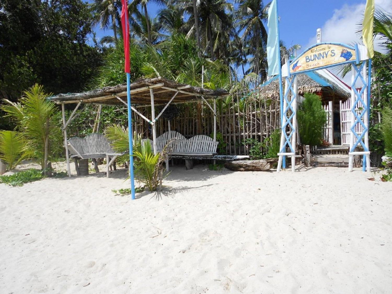 Bunny's Beach Resort