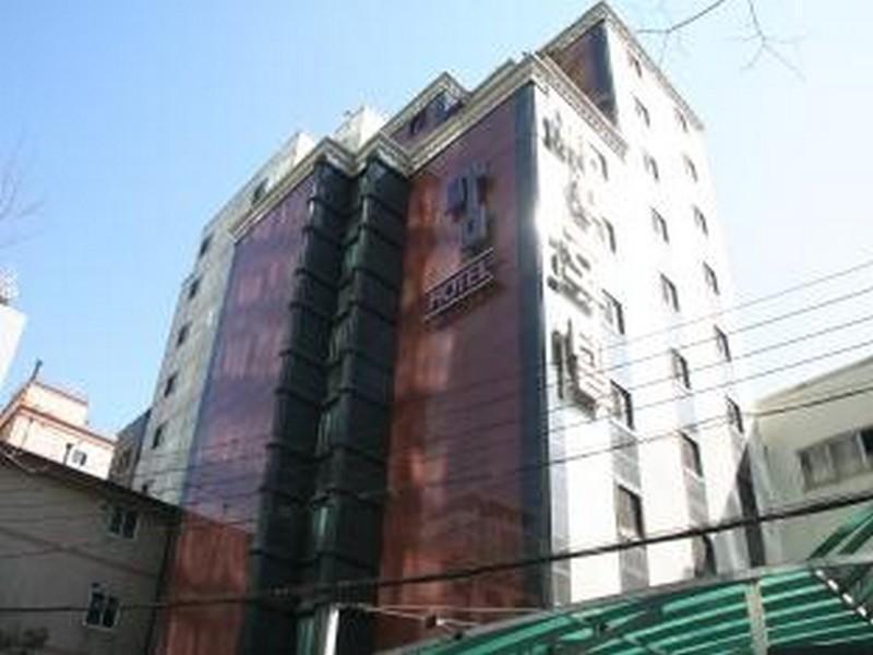 Pam Hotel