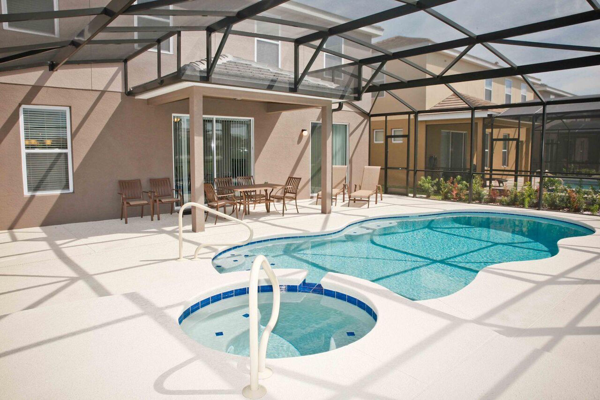 Luxury Design Home Disney Pool SPA 6BR  5 BA