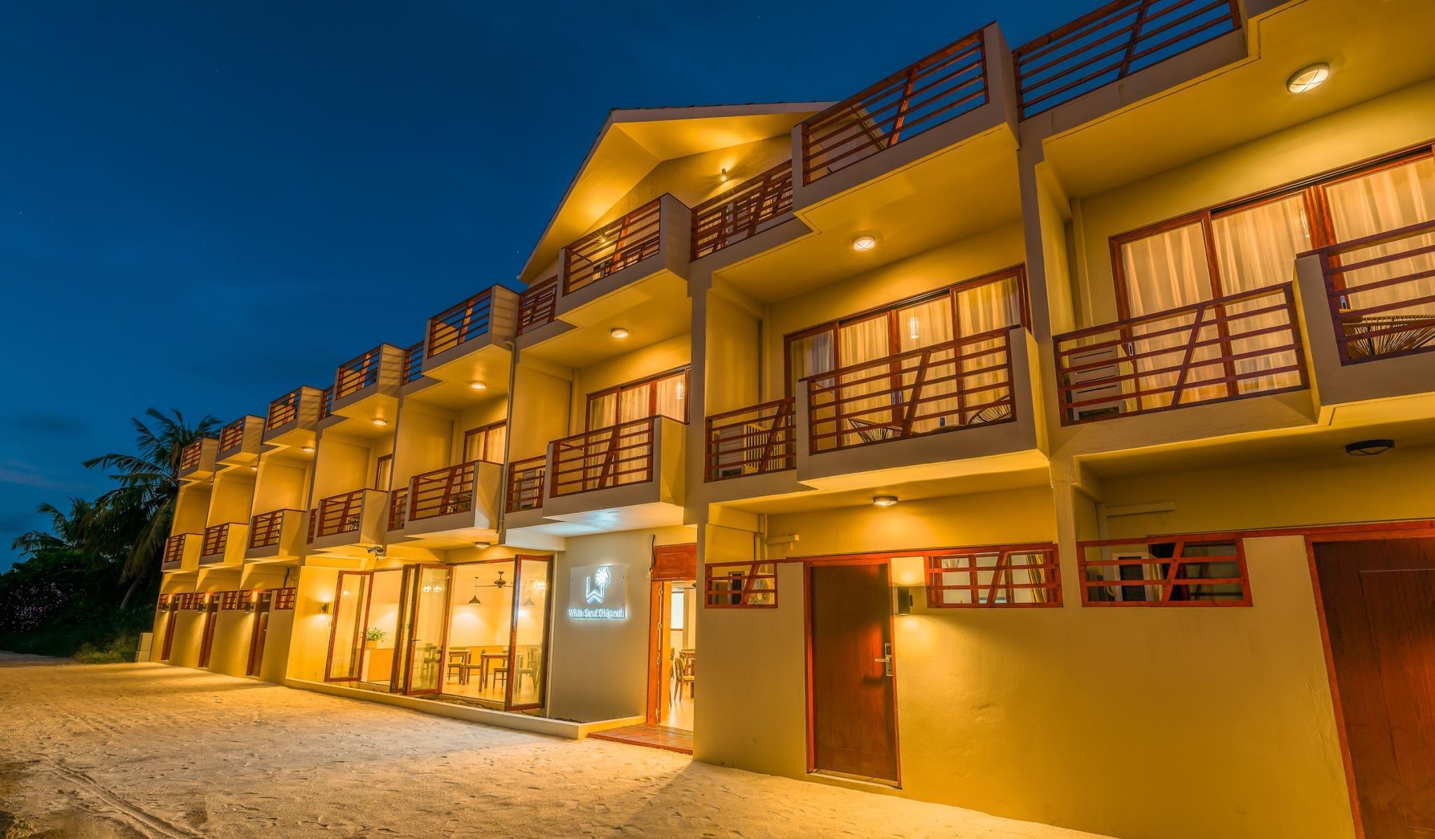 White Sand Dhigurah Guest House