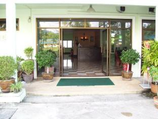 Bavaria Inn Khao Lak บาวาเรีย อินน์ เขาหลัก