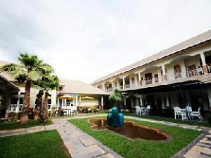 The O Valley Hotel