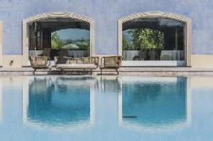 Om Villa Neri Resort & Spa (Villa Neri Resort & Spa)