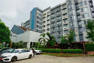 テープナコーンホテル Thepnakorn Hotel