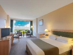 湾景酒店 (Bayview On The Park Hotel)