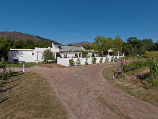 La Galiniere Guest Cottages