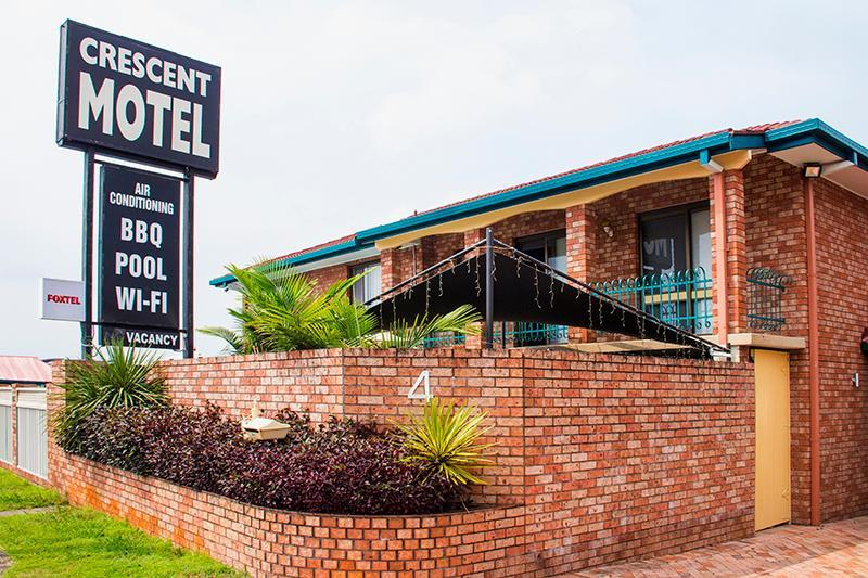 Crescent Motel Reviews