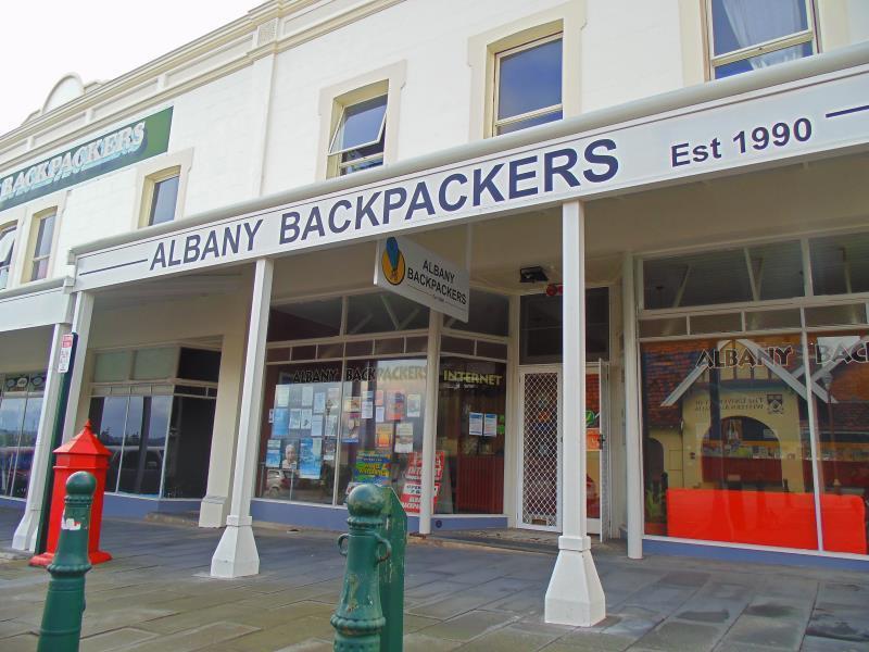 Albany Backpackers