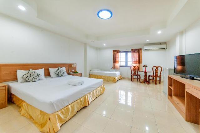 โรงแรมเบลล่า ทรอปิคาน่า – Bella Tropicana Hotel