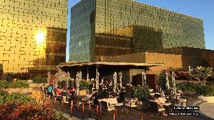 picture 5 of ZEN Rooms Lorenzzo Suites Makati