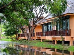 大加马湖里度假村 (The Grandjamjuree Resort)