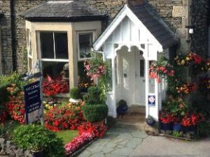 May Cottage Bed and Breakfast