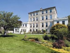 The Ayrlington House
