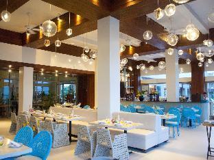 picture 3 of Costa Pacifica Resort