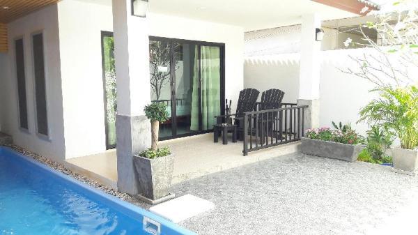 PaJee 2 Bedrooms Pool Villa, near Naiyang beach Phuket