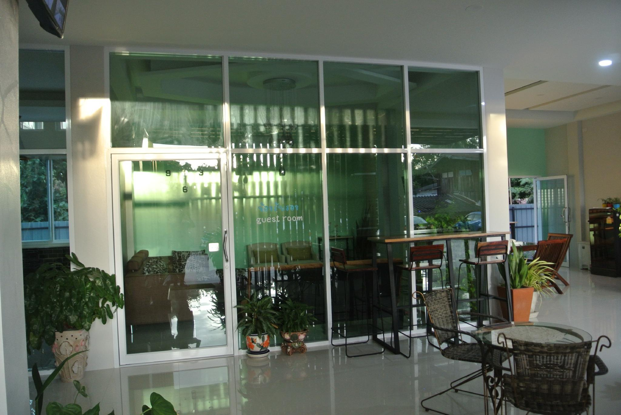 Review Chic Living Hotel