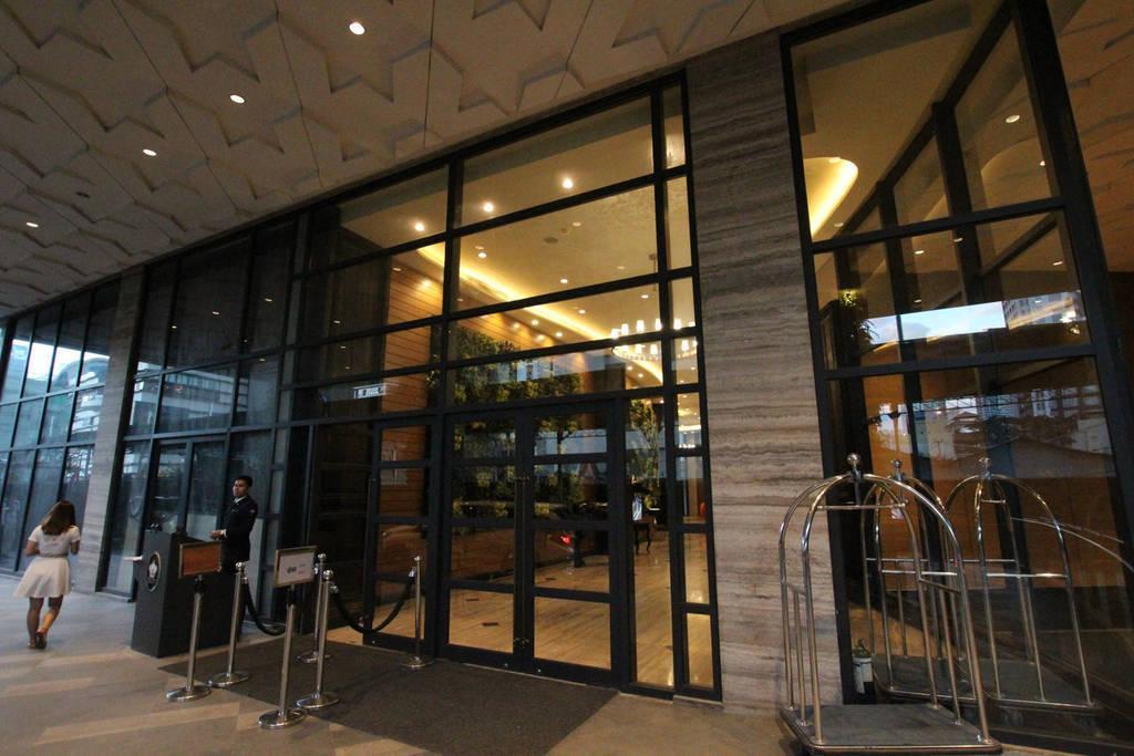 55 Floor  Unit @Knightstbridge Residences