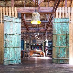 Golden Buddha Beach Resort โกลเดน บุดดา บีช รีสอร์ต