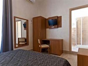 Collina Inn Guest House