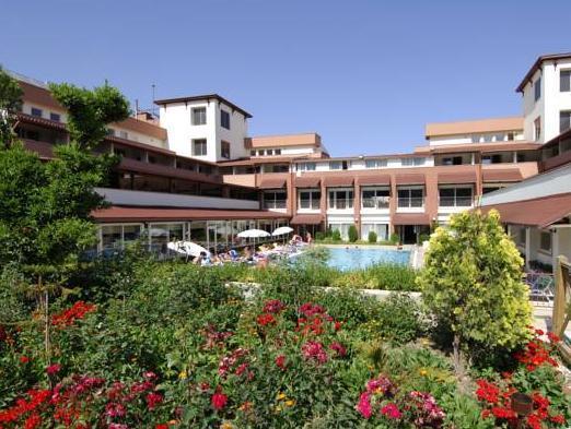 Rose Resort Hotel