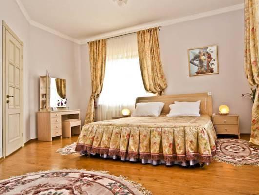 Pearl Mini Hotel