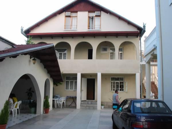 Guest House Lazur