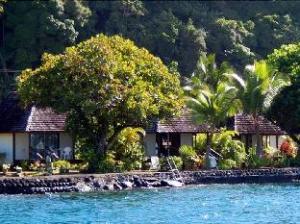 A Pueu Village