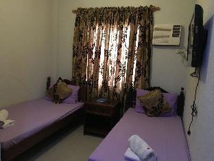 picture 2 of Cecilia's Inn