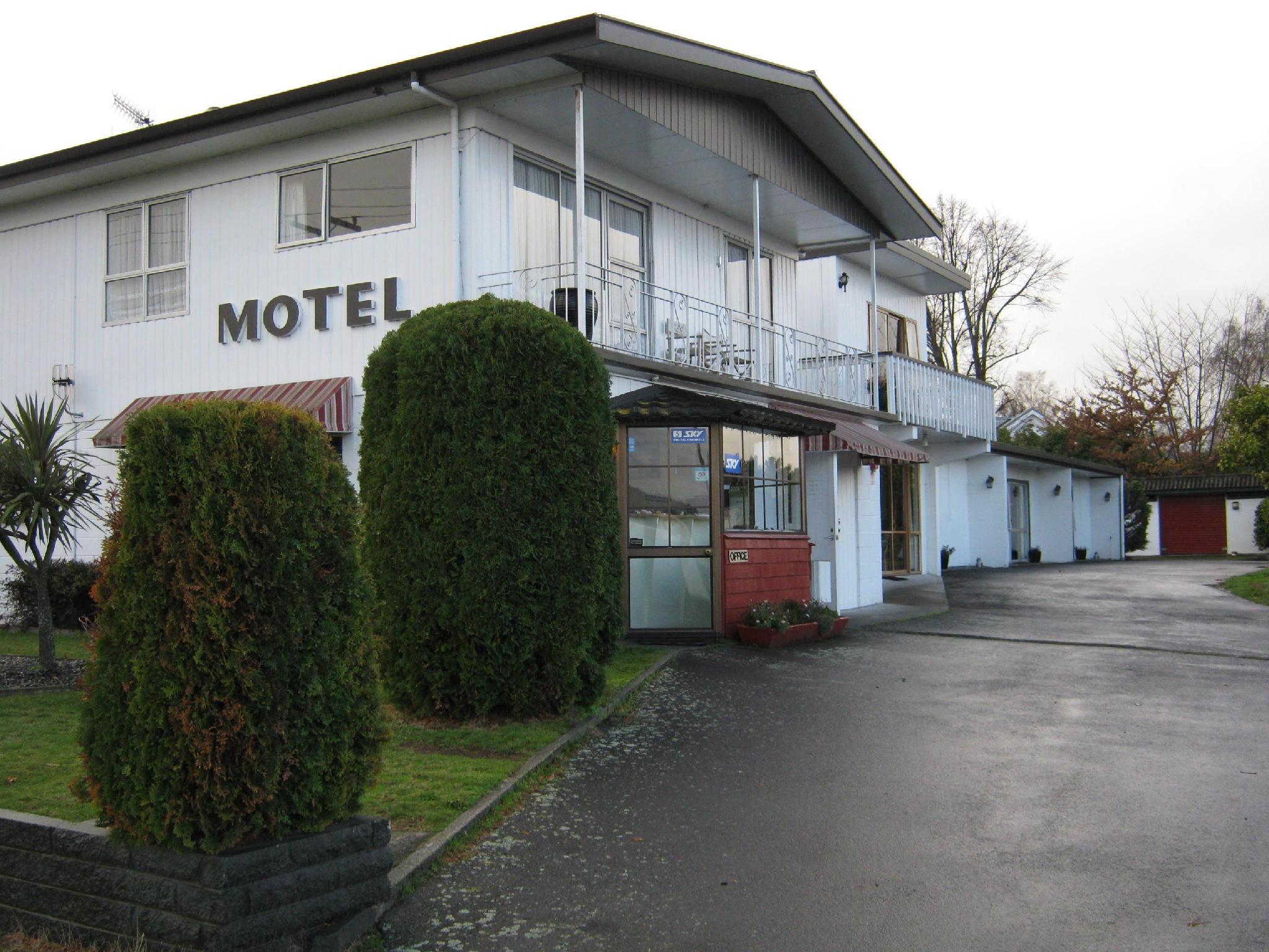 Adelphi Motel
