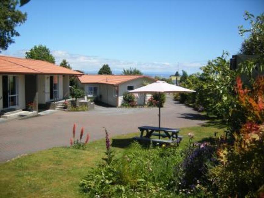 Dunrovin Motel