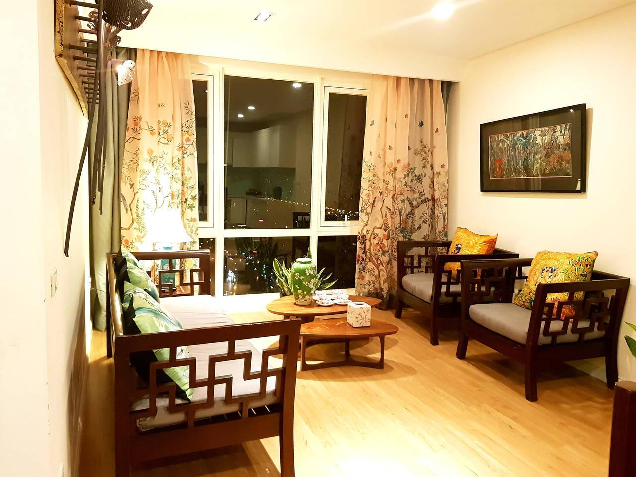 Riverview Two Bedroom MIPEC Apartment In Hanoi