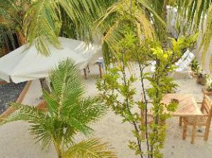 Holiday Lodge Maldives at Maafushi
