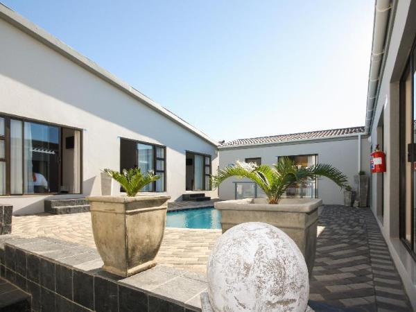 Le Blue Guest House Port Elizabeth