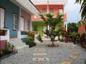 เอเดรียน วิว รีสอร์ท (Adrian View Resort)