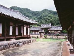 수애당 한옥 게스트하우스  (Suaedang Hanok Guesthouse)