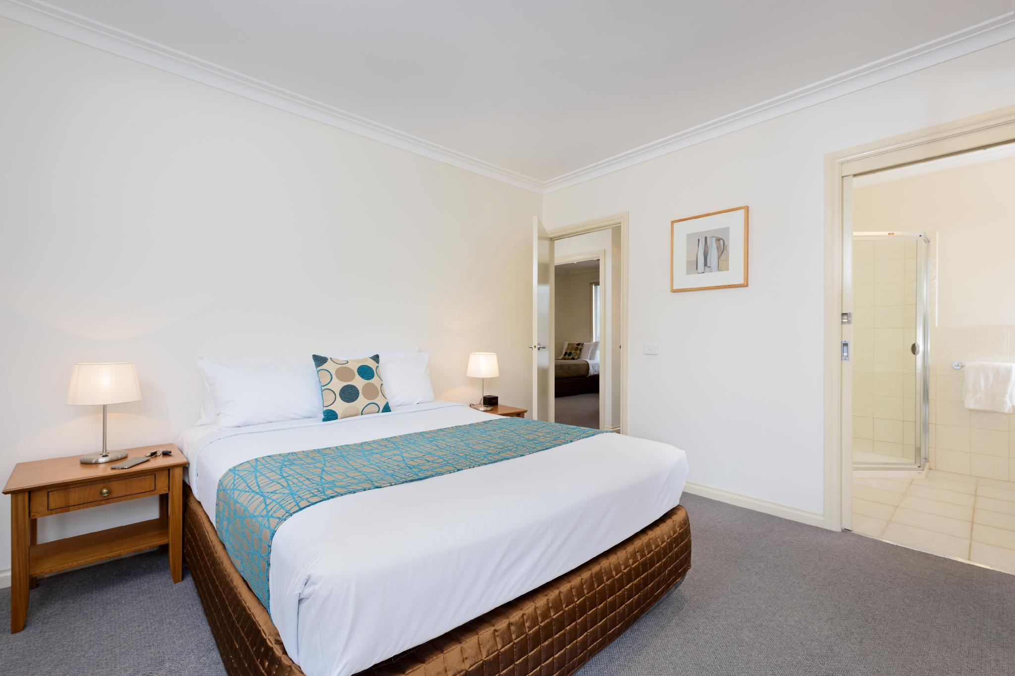 Review Kew Serviced Apartments