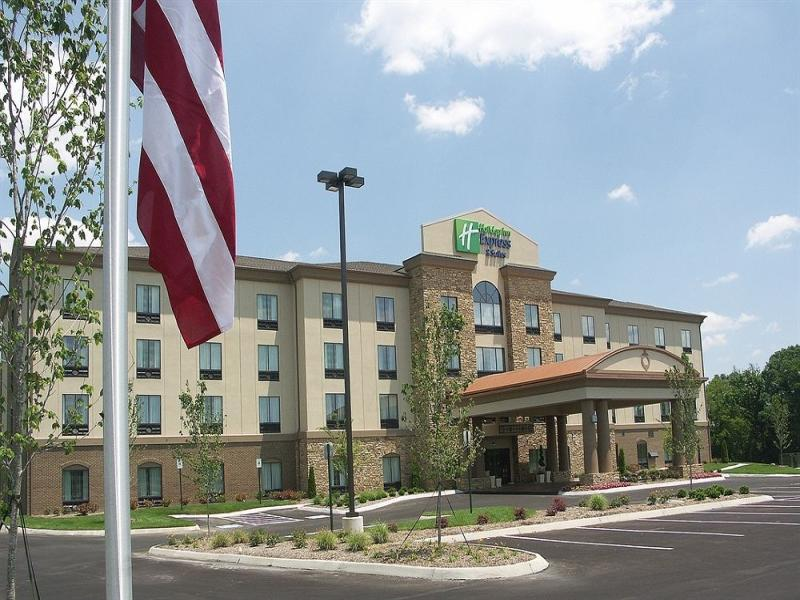 Holiday Inn Express And Suites   Cleveland Northwest