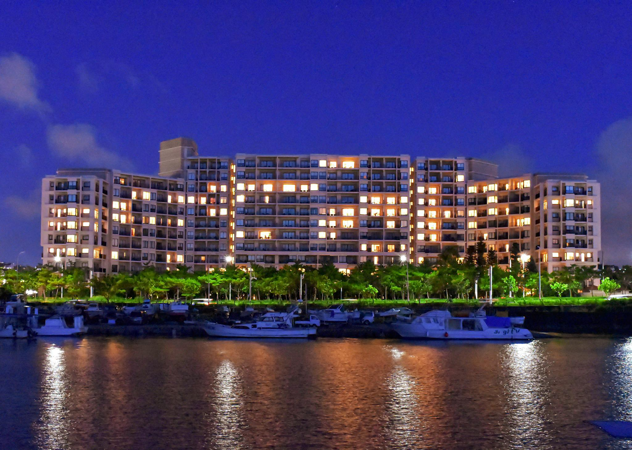 Moon Ocean Ginowan Hotel And Residence