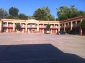 Tahlequah Motor Lodge