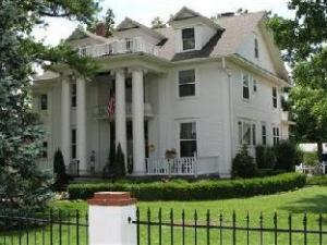 The Dickey House Bed And Breakfast