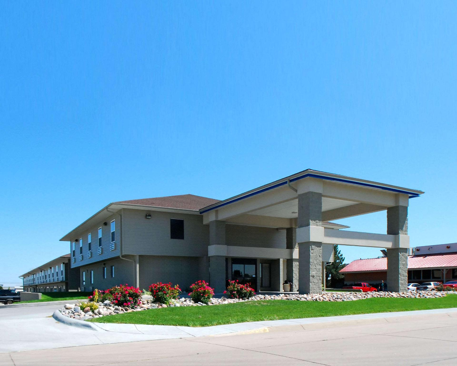 Econo Lodge Inn And Suites Kearney
