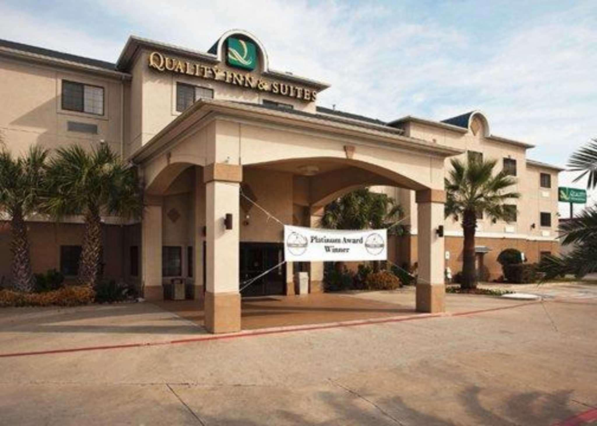 Quality Inn And Suites Near University