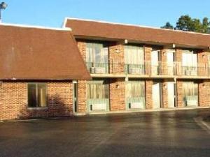 Logan Lodge Motel Urbana