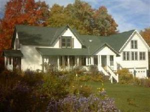 Lucy'S Place Bed And Breakfast