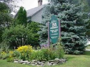 The Jenkins Inn And Restaurant Bed And Breakfast