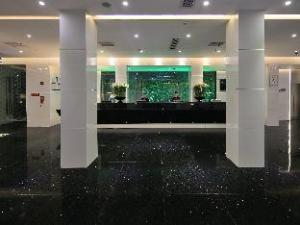 Paco Business Hotel (Ouzhuang Metro Station)