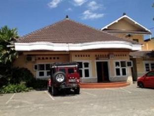Hotel Santalum