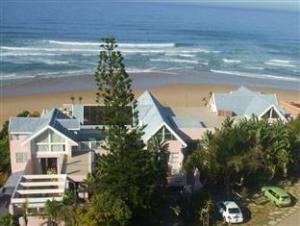 เดอะพิงค์ ลอดจ์ ออน เดอะบีช (The Pink Lodge on the Beach)