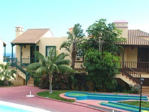 Apartamentos Oasis San Antonio